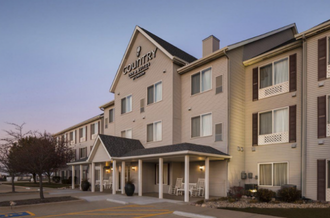Country Inn & Suites Airport