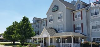 Country Inn & Suites West